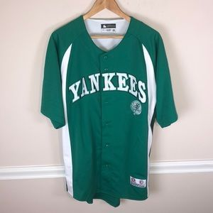 NY Yankees Green Shamrock Jersey Large NWOT